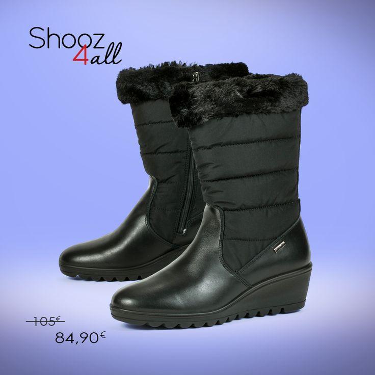 Από τον ιταλικό οίκο Enval (Made in Italy) γυναικείες μπότες αδιάβροχες σε μαύρο χρώμα. Από γνήσιο δέρμα άριστης ποιότητας, επενδυμένες εσωτερικά με fleece για διατήρηση της θερμοκρασίας του ποδιού, χαρίζουν μαλακό πάτημα χάρη στον ανατομικό πάτο και την αντιολισθητική τους σόλα.  http://www.shooz4all.com/el/gynaikeia-papoutsia/mavres-adiavroxes-mpotes-69600-detail #shooz4all #adiavroxes #mpotes