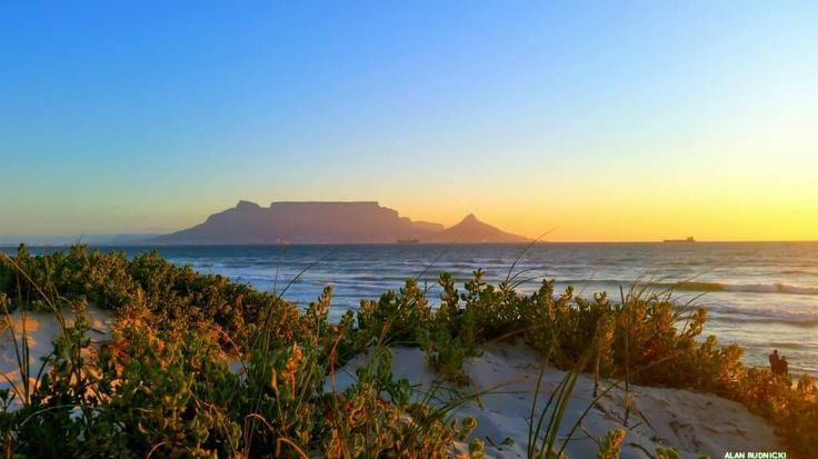 I never get tired of views of Table Mountain. ❤️