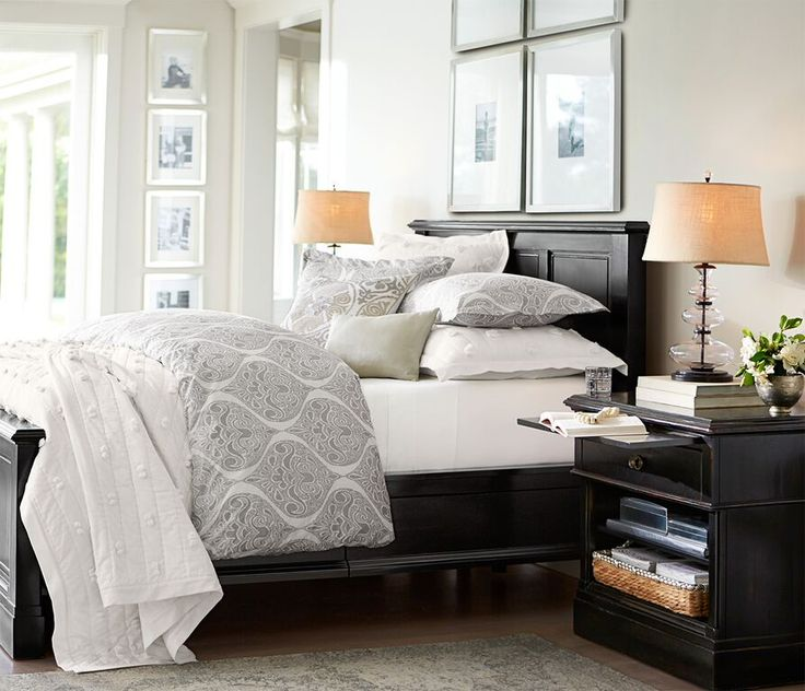 Joy Coakley's Bed Styling for Pottery Barn   Poppy Creative Agency #CreativeAgency #StylisPottery Barnrn
