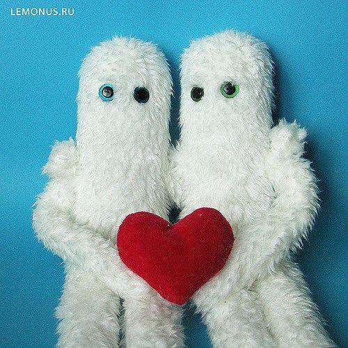 https://flic.kr/p/tHjfqp | Ети. Yety. Mascots in the car Skoda Yety. Soft toys handmade. https://www.etsy.com/shop/Lemonus   Авторские мягкие игрушки ручной работы. http://lemonus.ru/  #yeti #handmade #toy #mustache #lemonus #игрушка #ручнаяработа #усы #мягкаяигрушка #лимон #ети #е