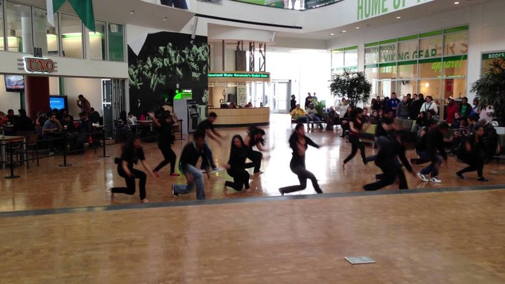 cleveland state university bollywood flash mob 2013