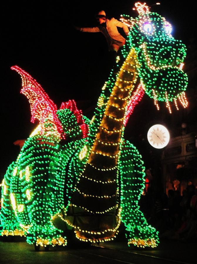 Pete the Dragon in Disney's Main Street Electric Parade