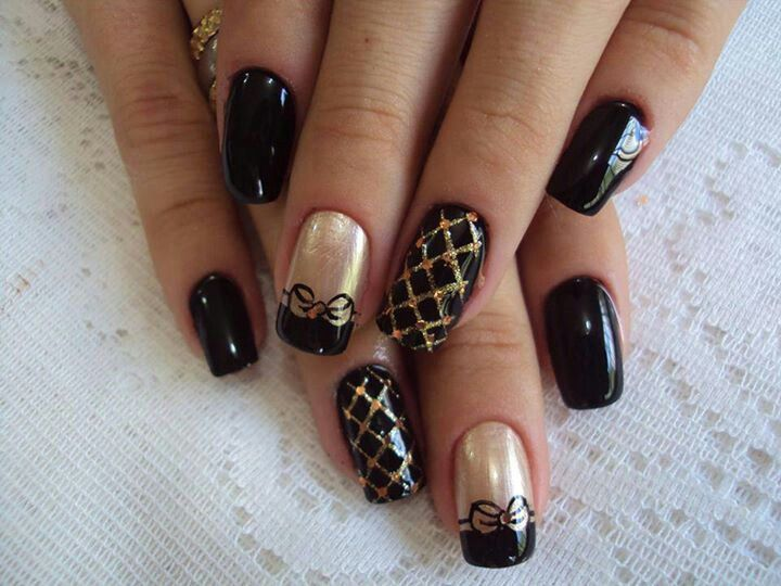 Nail Art Design With Black : Black gold nail design nails