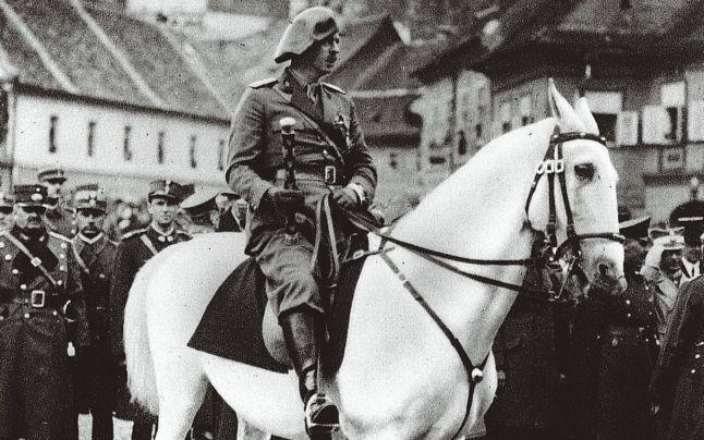 Ce făcea regele Carol al II-lea în noaptea în care România pierdea Basarabia
