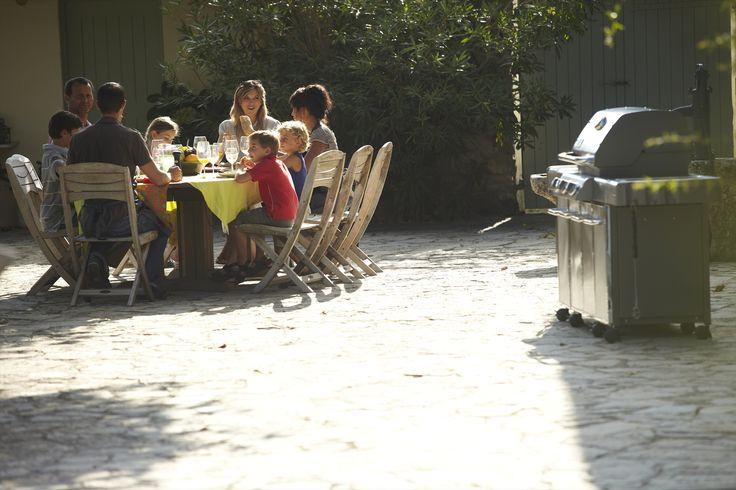 17 best images about barbecues gaz en famille et entre - Repas plancha entre amis ...