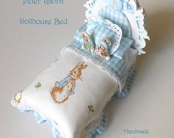 Beatrix Potter Peter Rabbit Dollhouse Dressed Bed, White Wood Bed with Blue Gingham Check Bedding, Peter Rabbit & Benjamin Bunny Dolls, 1/12