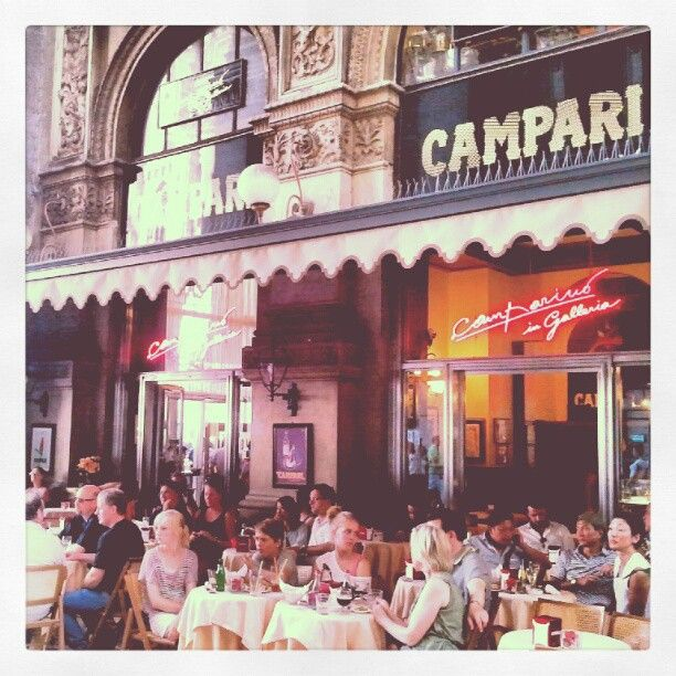 Camparino in Galleria v Milano, Lombardia