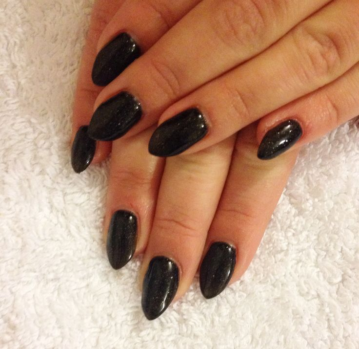 Black almond nails | Nails | Pinterest | Almond nails ...