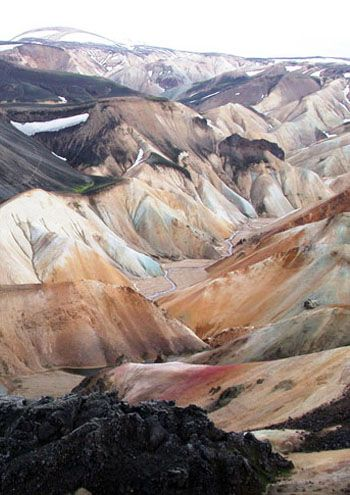 The coloured mountains of Landmannalaugar, IcelandColors Mountain, Landmannalaugar Iceland, Beautiful Places, Beautiful Mountains Earth, Black White, Colours Mountain, Iceland Mountains, Iceland Rocks, Yellowstone National Parks