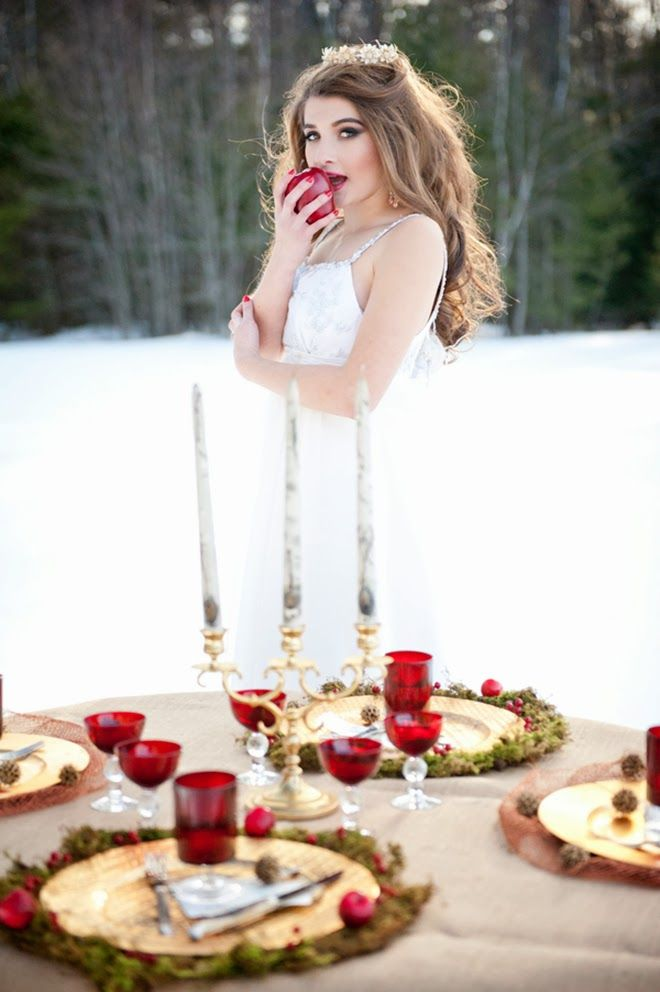Winter Fantasy : Snow White Wedding Inspiration | bellethemagazine.com