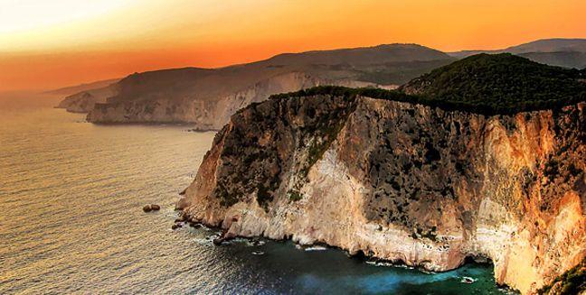 Τα ωραιότερα ηλιοβασιλέματα στην Ελλάδα