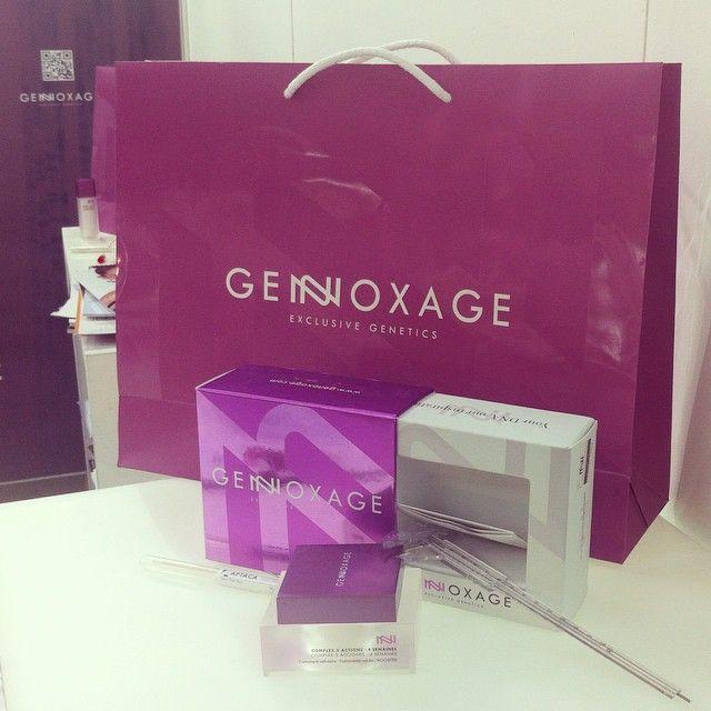 ¿Conocéis #GENOXAGE? Una de las más llamativas novedades de #SpaAndBeauty La cosmética a la carta en su máxima expresión. Me acaban de realizar un estudio personalizado de mi ADN con el que van a elaborarme un tratamiento cosmético adaptado a mi genética y características dermatológicas personales. ¿No os parece lo más? 😱🔝 #Evento #Blogger #BeautyBlogger #Belleza #Cosmetica #Beauty