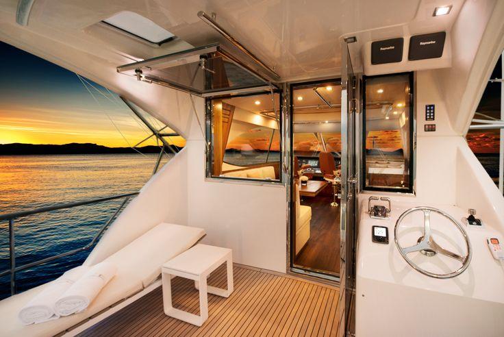 Riviera 77 Enclosed Flybridge Rear Deck