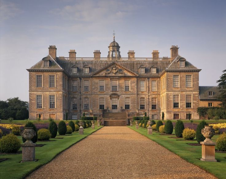 Belton House | Carolean architecture is England's only true vernacular style since the Elizabethan days.