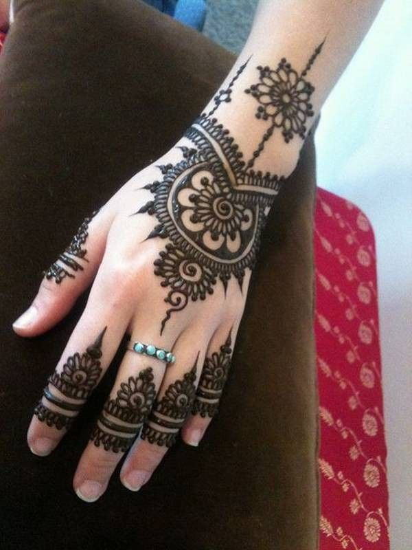 Latest Simple Arabic Mehndi Designs