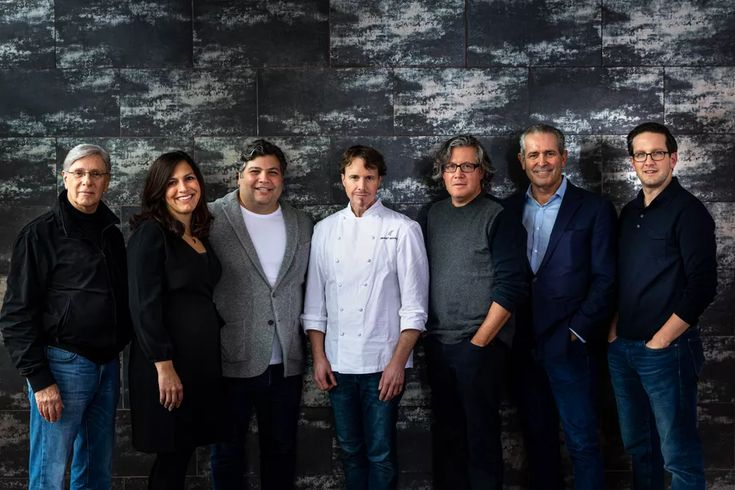 Heavyweight groups alinea and lettuce entertain you to