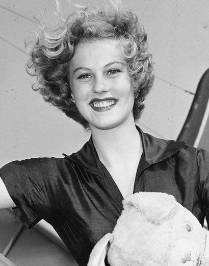 Armi Kuusela, ex-Miss Universe 1952