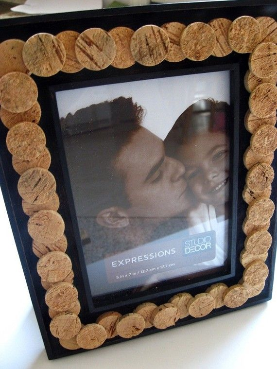 wine cork picture frame by lizziejoedesigns on etsy - Wine Picture Frames
