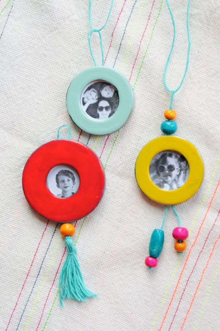 Washer locket photo necklace craft for Mother's Day
