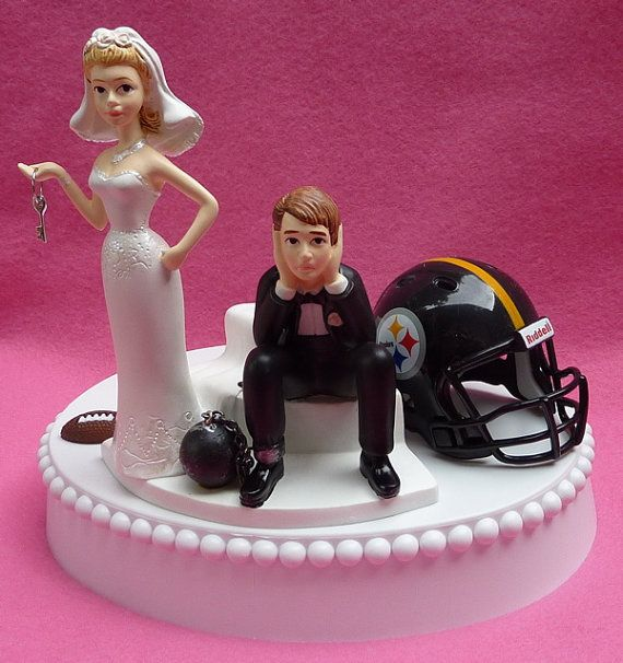 wedding cakes pittsburgh wedding cake topper pittsburgh steelers football themed 25287