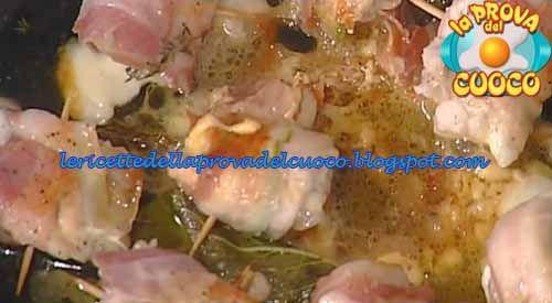 Rotolini di pollo pancetta e asiago ricetta Anna Moroni da Prova del Cuoco