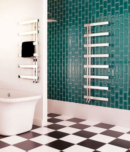 The rectangular version of our popular Chime has the same sparkling appeal but with perpendicular styling. Cantilevered rails allow for even the plumpest towels to be easily slid on and off. Great for family bathrooms.
