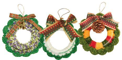 Christmas wreath woven in crochet - Weaving Peru ...