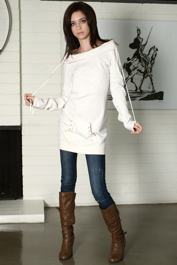 cute and comfy- I've got the boots and Jeans- now i just need the shirt! :)