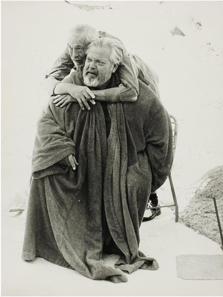 1972. Джон Хьюстон и Орсон Уэллс на съемках фильма «Другая сторона ветра»
