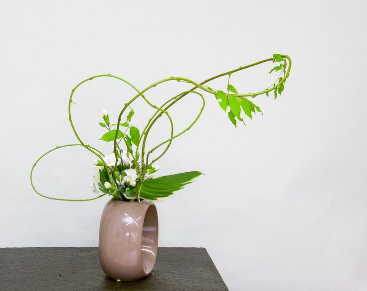 Ikebana arrangements made by students of Ilse Beunen.