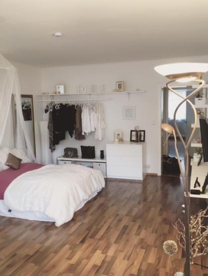 zentral gelegenes 25qm Zimmer in 2er-WG – Zimmer in Mannheim-Quadrate