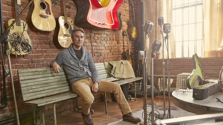 Collecting Memories with American Pickers' Mike Wolfe