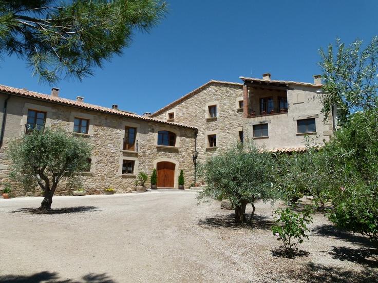 Masia de Agroturismo, en Calonge de Segarra, situada en el Centro de Catalunya (Spain)