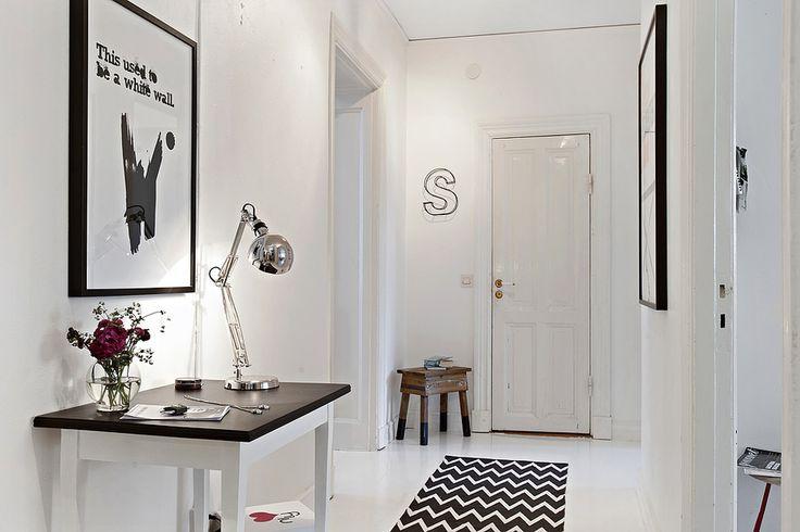 entryway | home in gothenburg,sweden