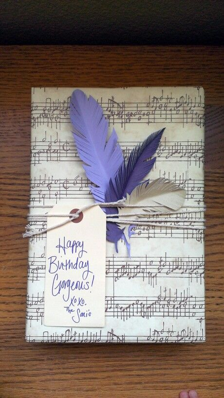 Feathers gift wrap ideas with tag