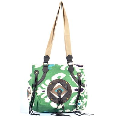 Buy Styleincraft Green Handbag by Shfina Exports, on Paytm, Price: Rs.1599?utm_medium=pintrest #buyhandbagsonline #HandmadeHandbags #authenticdesignerhandbags #womenswallets #pursesonline #handmadeitems   For More Please Visit: www.styleincraft.com Call/ WhatsApp:- +91 9978597506