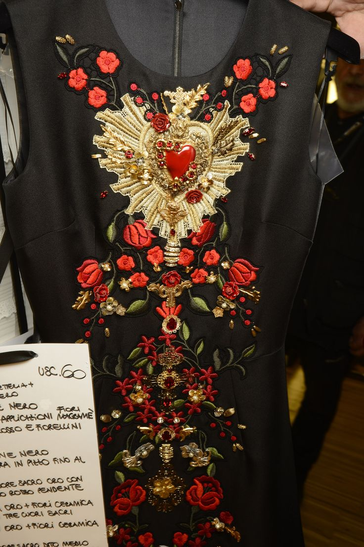 Dolce & Gabbana Woman Runway Backstage Photo Gallery – Spring Summer 2015  #red #passion
