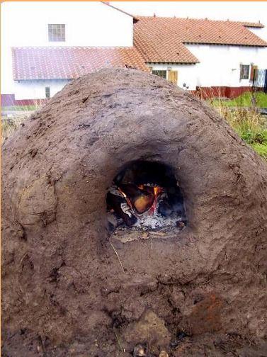 http://www.pottedhistory.co.uk/Bread_Ovens.html