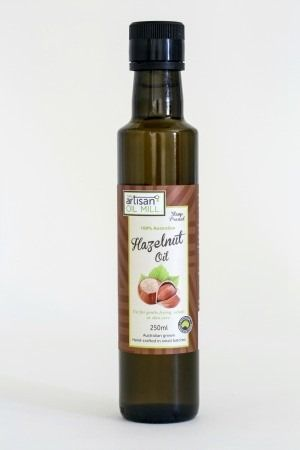Hazelnut Oil, cold pressed, top nutritional qualities............Hazelnut Oil cold pressed by using a 300 year old extraction method to produce a nutritious oil with a strong nutty flavour.  Great on breakfasts, drizzled over salads and delicious in chocolate desserts and drinks.  Enjoy this versatile oil over meals or even as a body oil.