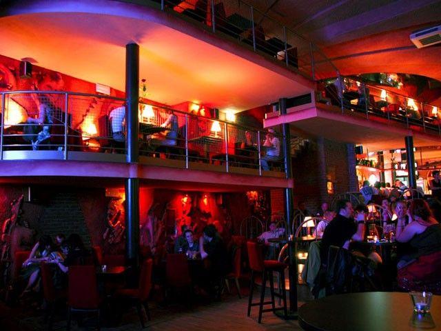 Lizard King to restauracja i klub muzyczny w jednym. http://krakowforfun.com/pl/3/kluby/lizard-king