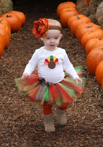 thanksgiving cuteness for future - this tutu with the other turkey onesie I pinned (using folded ribbon for turkey feathers)