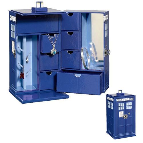Doctor Who TARDIS Jewelry Box... being released just in time for Christmas... :)