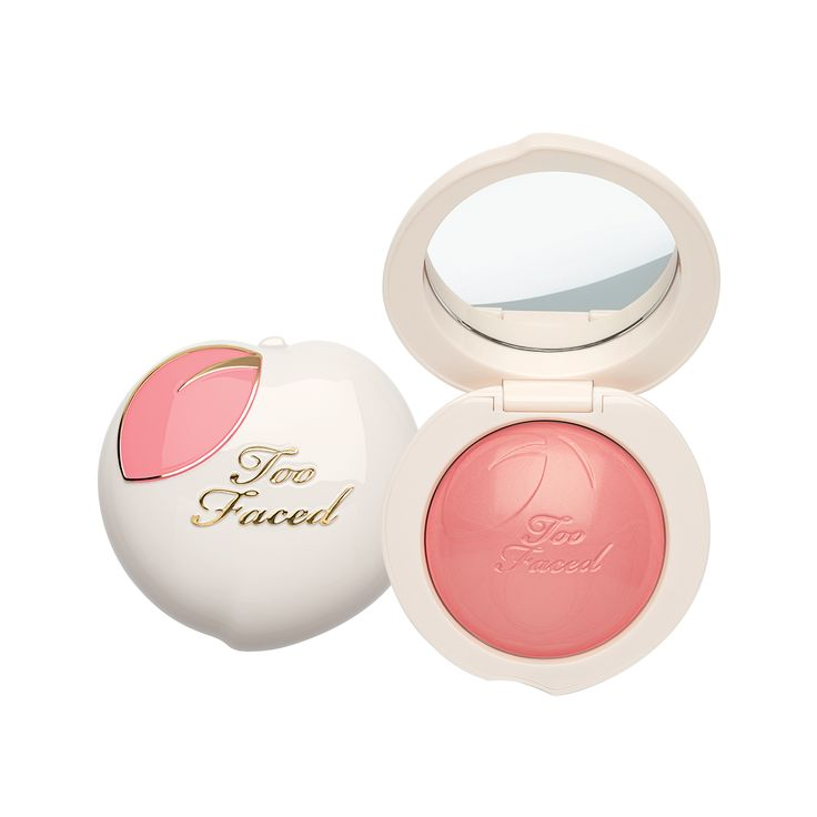 Peach My Cheeks blush gives your cheeks a pinch of color with a melting powder blush. The peaches and cream, buttery texture instantly transforms into a lightweight powder once applied for a buildable, blendable finish.