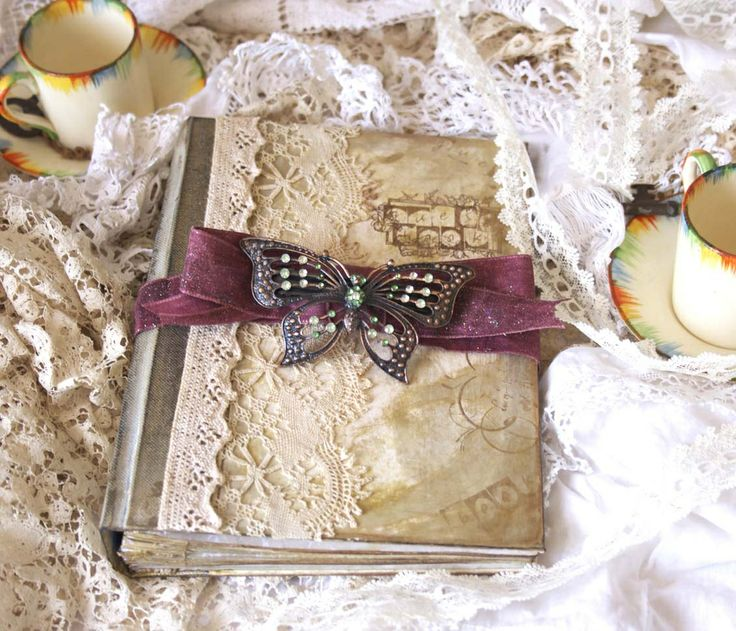 Gorgeous vintage inspired wedding book