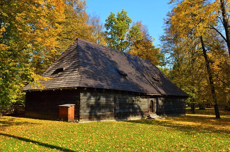 Skansen - Rožnov pod Radhoštěm - long house - barn, Czech Republic