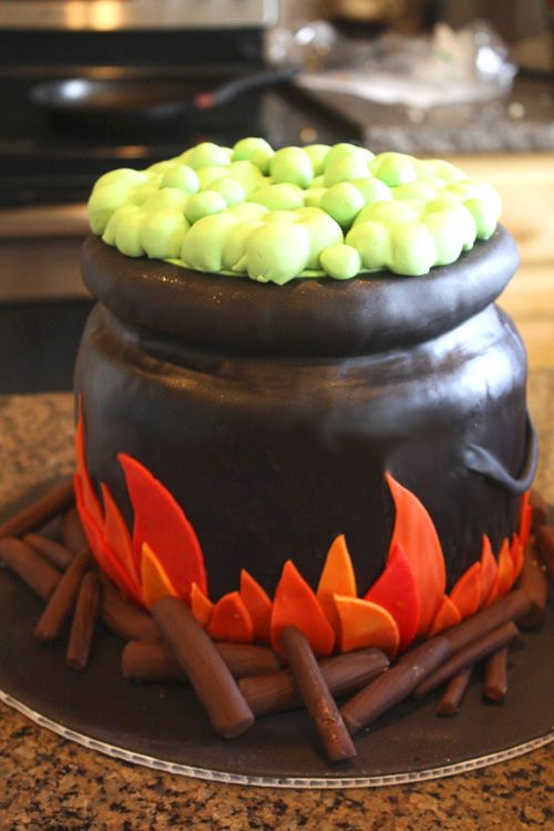 Witch's Cauldron cake for Halloween. Where do these people get the time? Their broadband must be down.