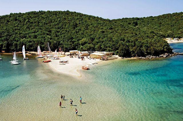 """ΝΕΑ ΑΠΟ ΤΑ ΓΙΑΝΝΕΝΑ ΚΑΙ ΤΗΝ ΗΠΕΙΡΟ: ΘΕΣΠΡΩΤΙΑ - Η μοναδικής ομορφιάς παραλία """"Μπέλα Βρ..."""