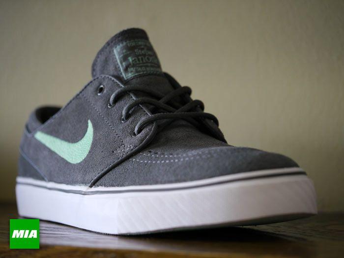 1b3678ee2ee Nike Zoom Stefan Janoski - Dark Grey - Medium Mint - SneakerNews.com ...