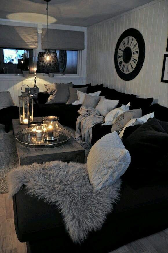 Living Room Decorating Ideas Black And White