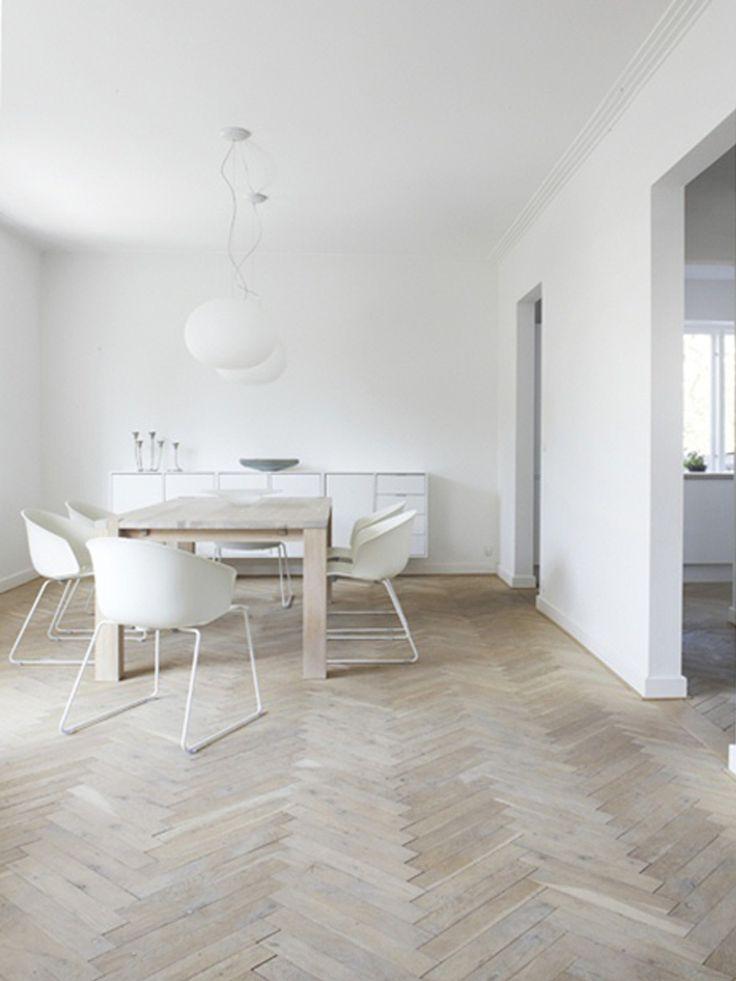 white interiors - living1